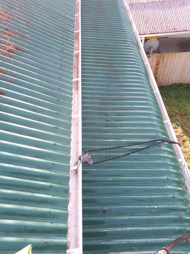 gutter-cleaning-4